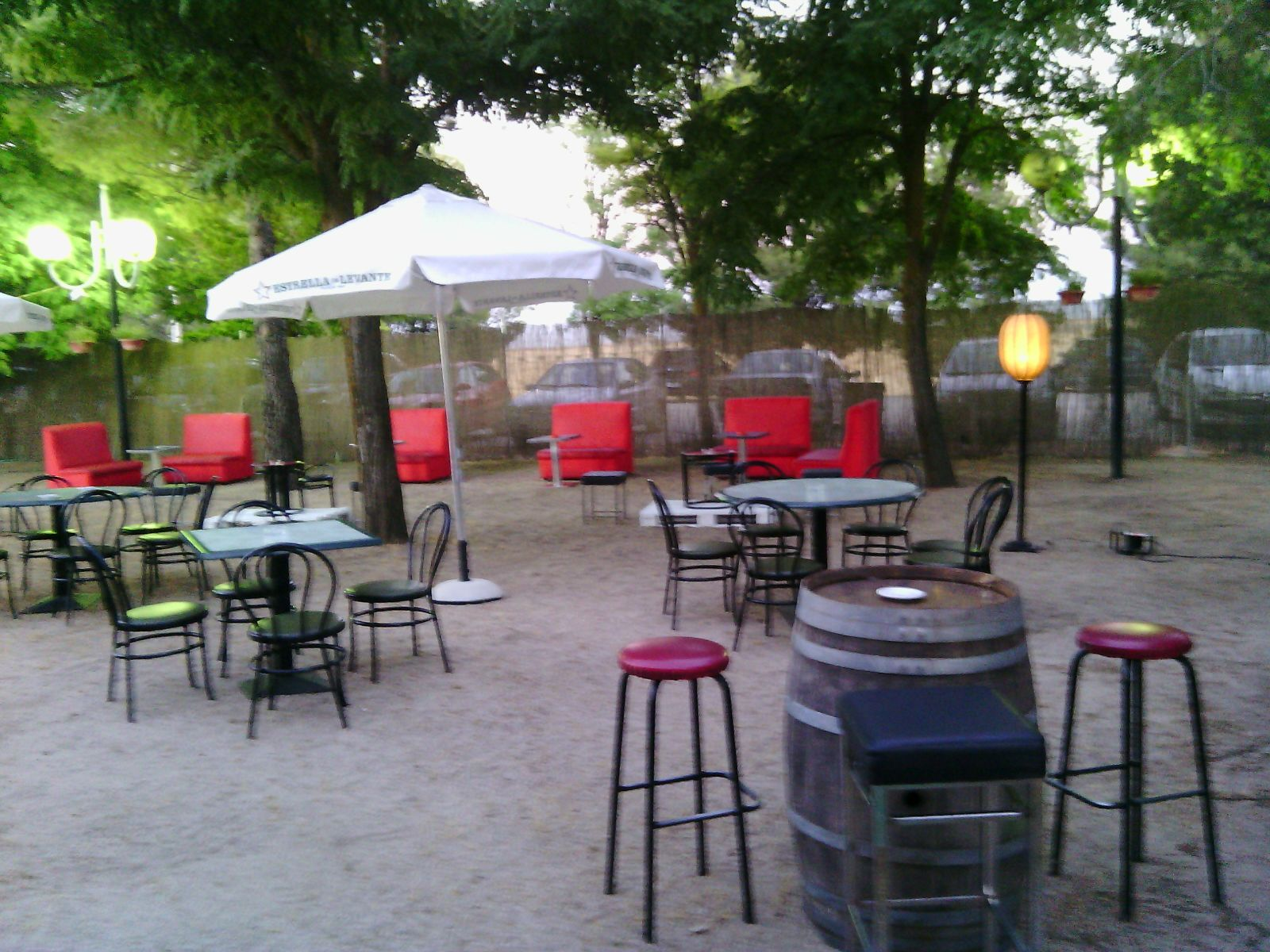 Ven a disfrutar de nuestra terraza chill out club - Terraza chill out ...